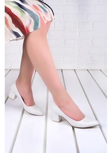 Ayakland Ayakland 1990-2023 Çizgili 5 Cm Topuk Bayan Cilt Ayakkabı Beyaz
